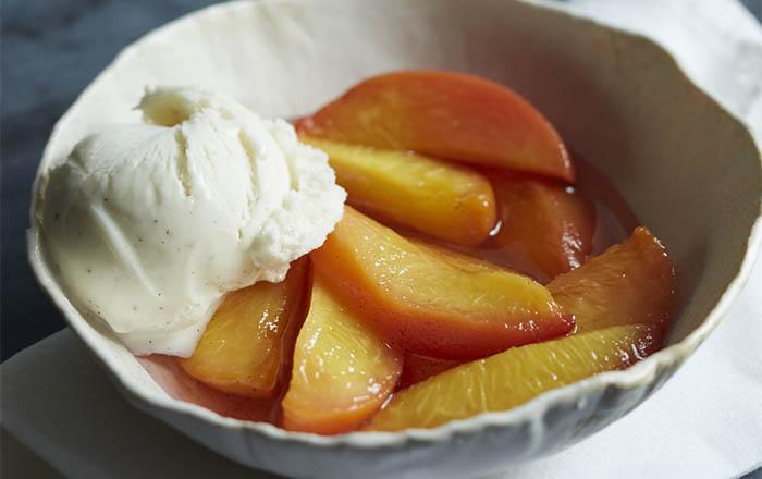 peaches in grappa