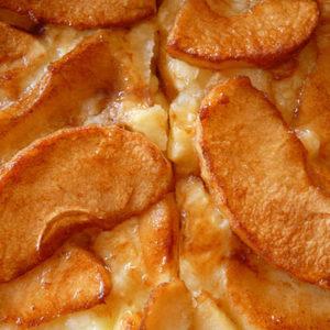 apple-skillet-cake_pixabay_recipe