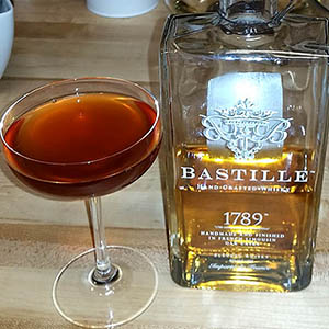 Veaux Carre cocktail with Bastille Whisky