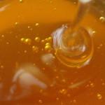 Raw Honey Makes a Terrific Face Mask
