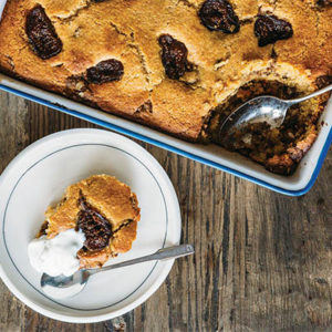 saveur_cornbread-coffee-cake-with-fresh-figs_yim-robison_recipe