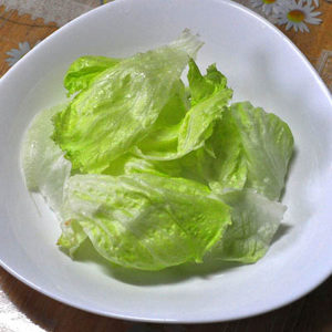 lettuce-cups_whologwhy_flickr