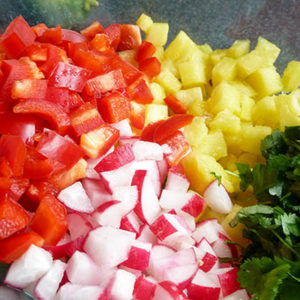 shrimp-pineapple-salsa-lettuce-wrap_flickr_simon_recipe