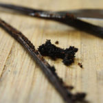 Make Homemade Vanilla Extract for a Holiday Gift