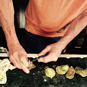John Bertino_Oyster Club_how to shuck an oyster