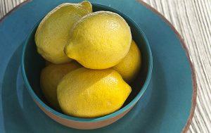 Greek chicken soup recipe_photo_lemons_Liz West_Flickr