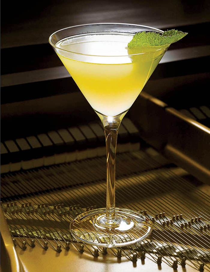 Storied Bars Of NewYork_Bemelmans Old Cuban_Photo © the Carlyle, a Rosewood Hotel
